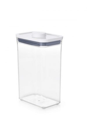 Bote Pop rectangular 2,6 litros de OXO