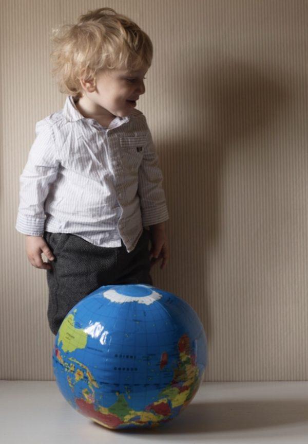 Globo terráqueo hinchable Ø 30 cm (infantil)