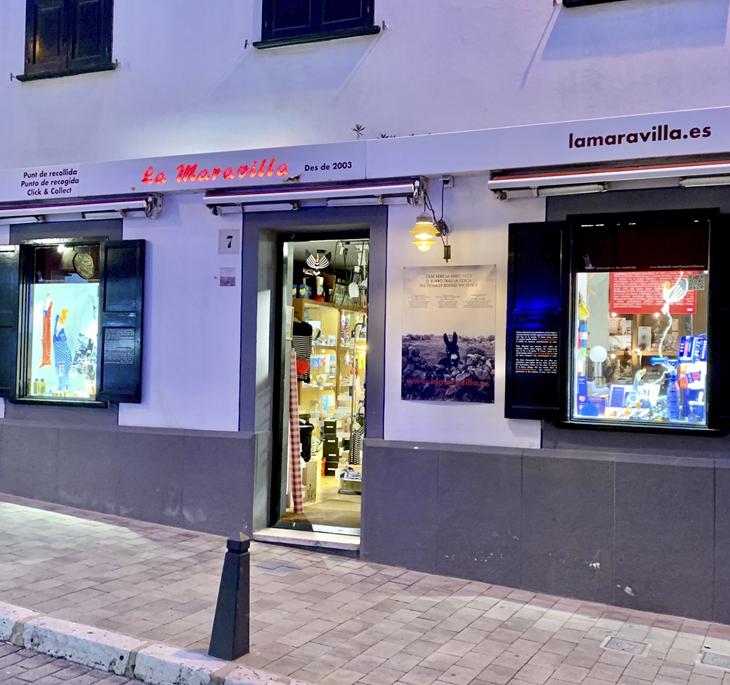 Nuevo rótulo en la fachada<br>de Portal de Mar 7, Menorca<br>Enero 2021