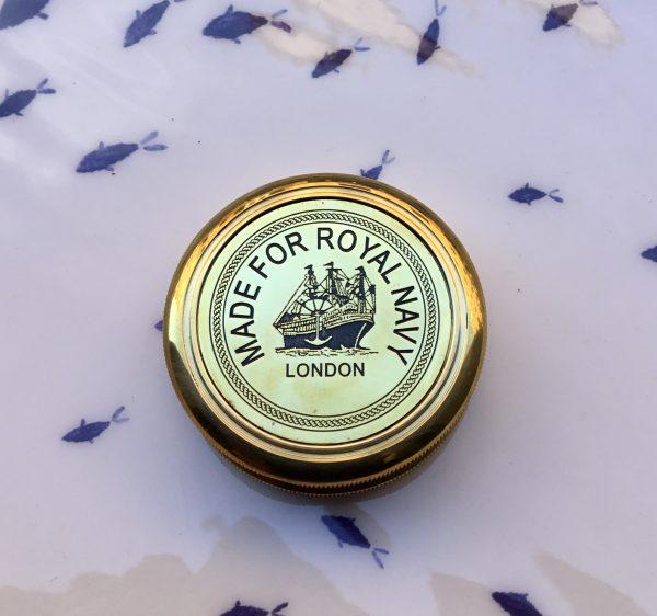 Brújula Royal Navy