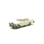 Miniatura escala H0 Mercedes 220 SE (varios colores)