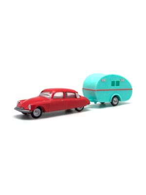 Miniatura escala H0 Citroën DS 19 con caravana